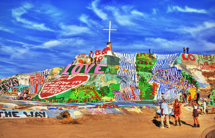 salvation mountain california